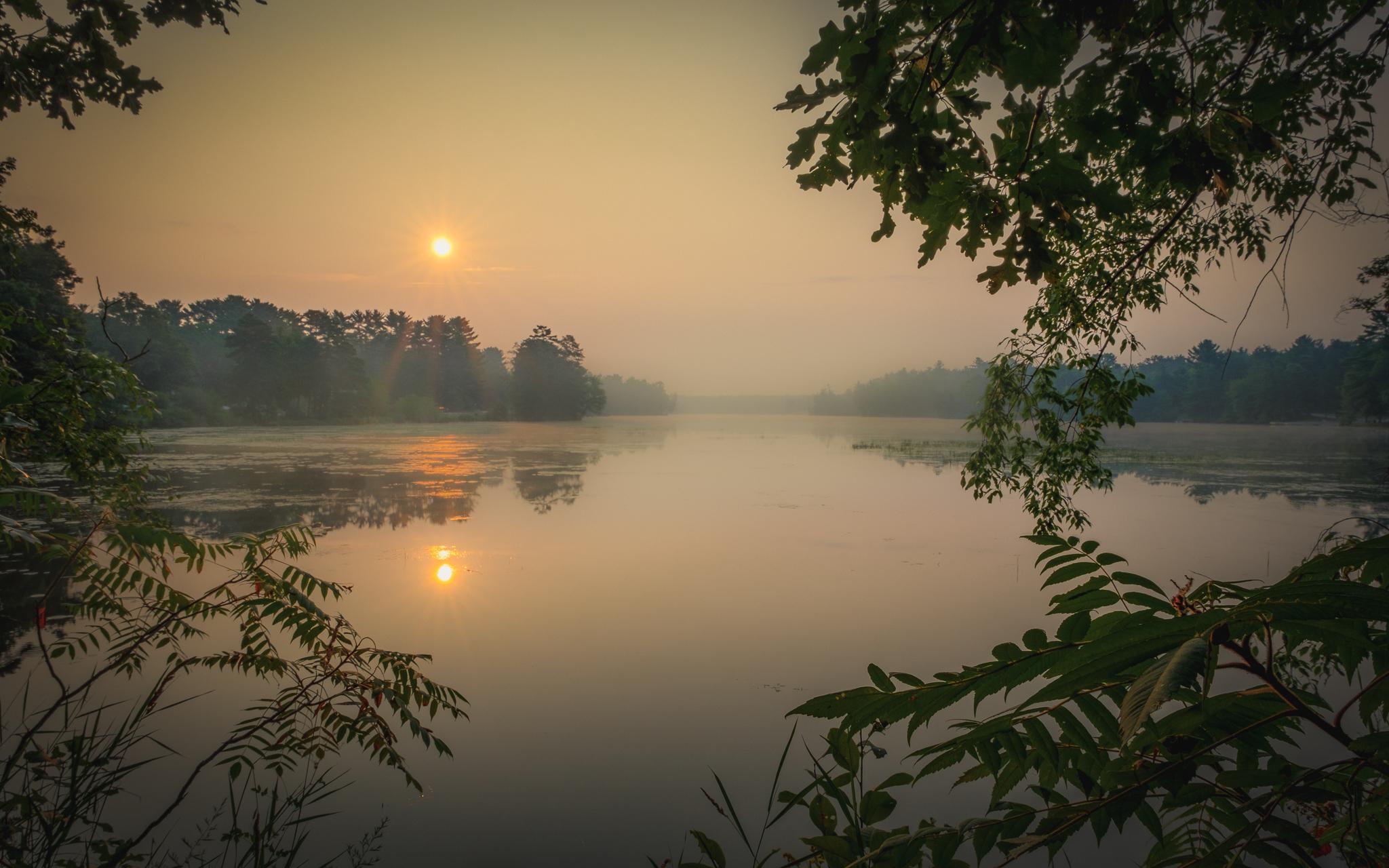 lake wazeecha, wisconsin, wildfire smoke, haze, sunrise, reflection, sunrise
