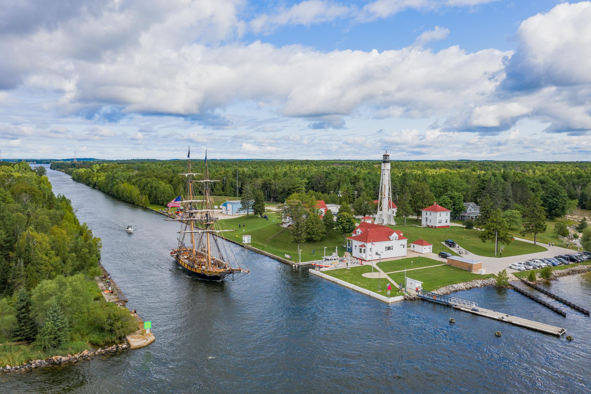 tall ships wisconsin, sturgeon bay, sailboat, sturgeon bay canal,
